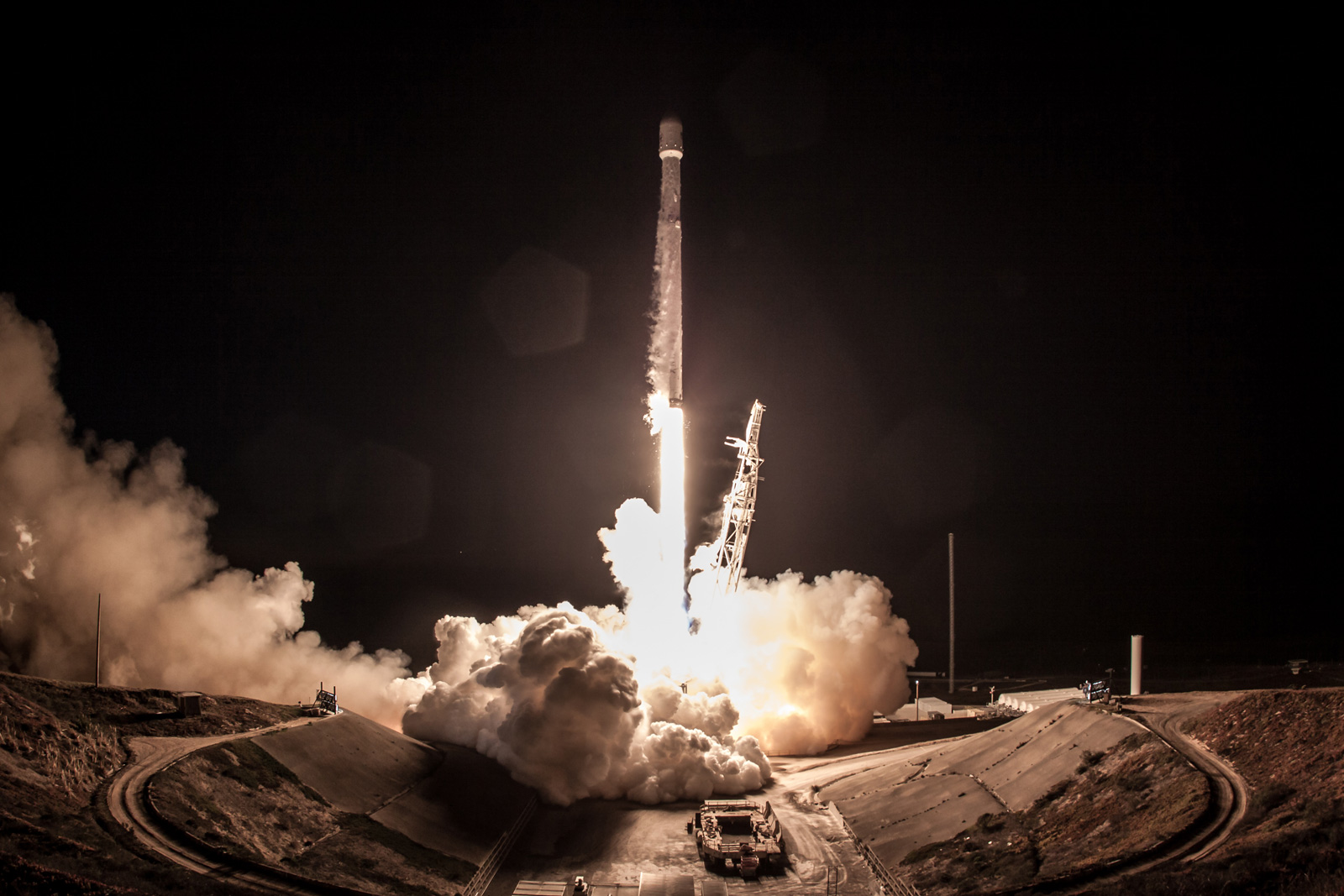 spacex-falcon-9-iridium-4-flickr.jpg