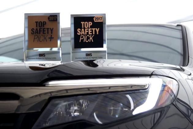IIHSの最高安全評価「TSP+」を獲得した2017年モデルのうち、ヘッドライトの「優」は7車種のみ(ビデオ付)