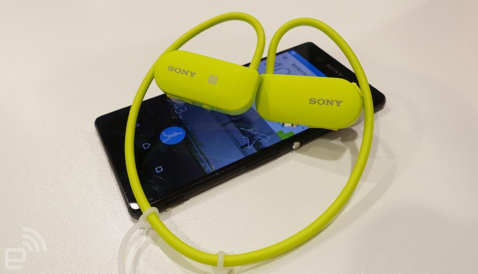 跑步、听歌二合一,Sony Smart B-Trainer 动手玩