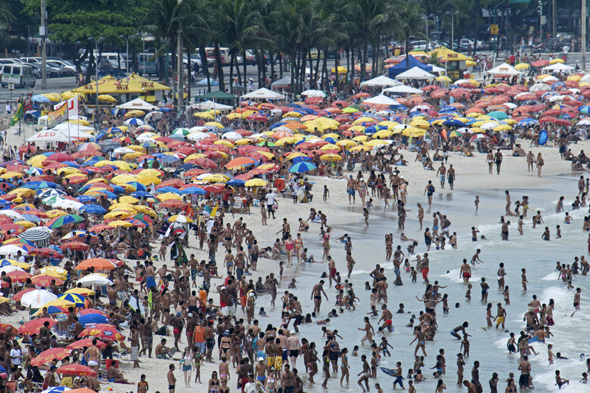 world's most crowded beaches