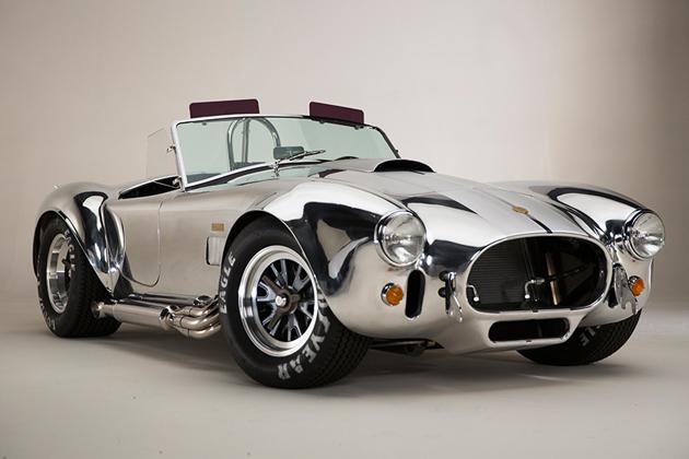 伝説的名車の誕生50周年を記念して「50th アニバーサリー・シェルビー・コブラ 427S/C」発表!