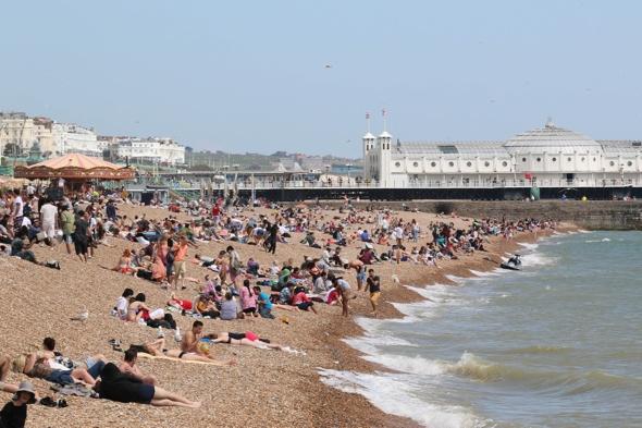 uk-weather-forecast-bank-holiday-monday-hot-22c