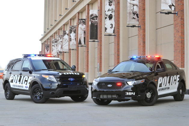フォードがパトカー警官用の運転監視システムを開発