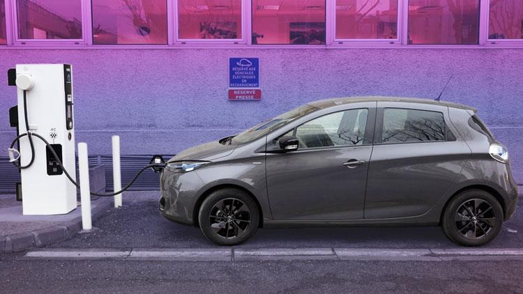 Renault Zoe 180-mile range EV hands-on