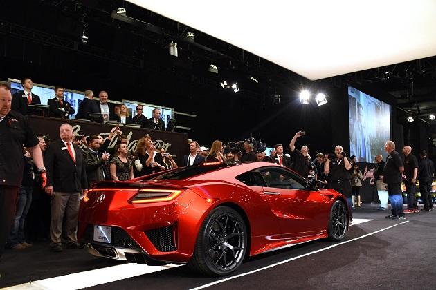 ホンダの新型「NSX」第1号車、慈善オークションで落札価格は1億5,000万円に!