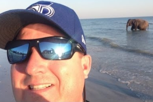 elephant-beach-florida-selfie