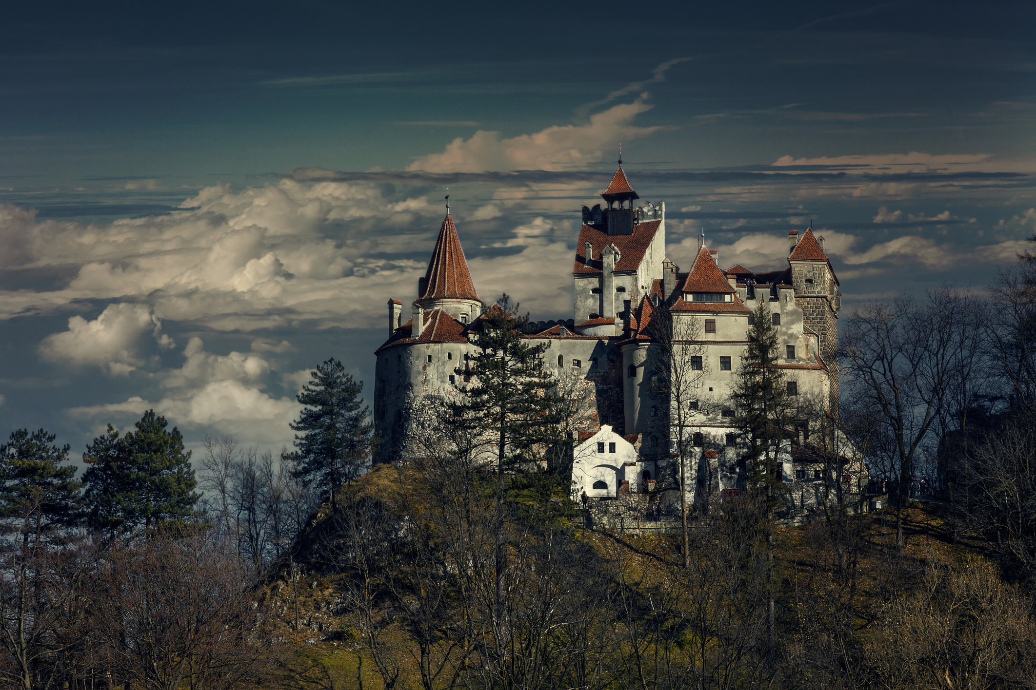 Live The Vampire Lifestyle In Draculas Castle For A Bloody 66m - Live-bran-castle-pictures
