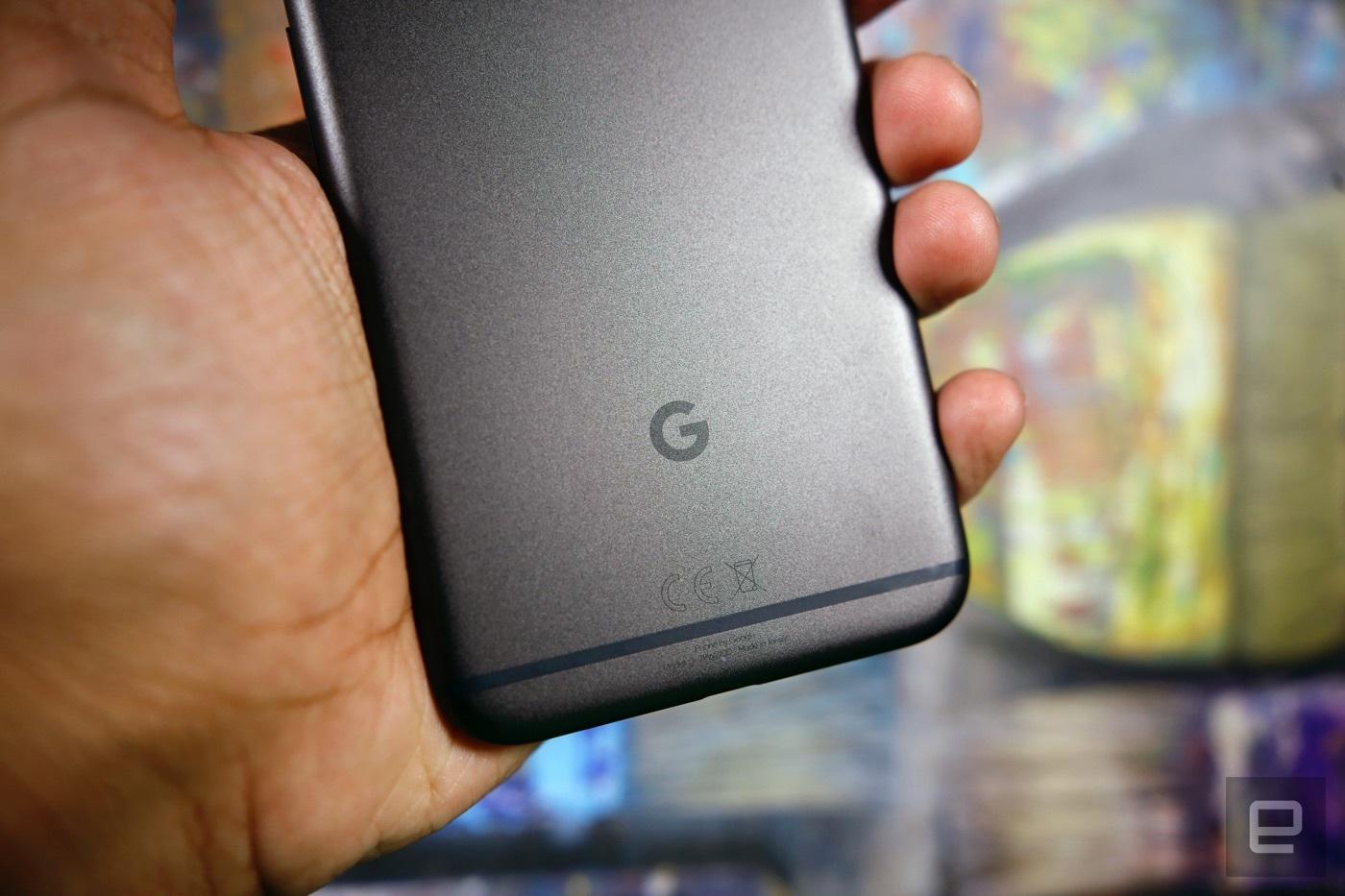 Google 的 Pixel 2 估計真的會支援 U11 那樣的擠壓操控