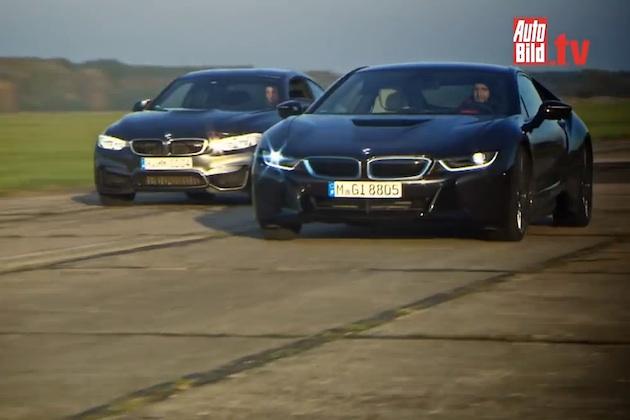 【ビデオ】BMW「M4」と「i8」がドラッグレースで対決!