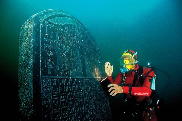 Amazing pictures of underwater city lost centuries ago