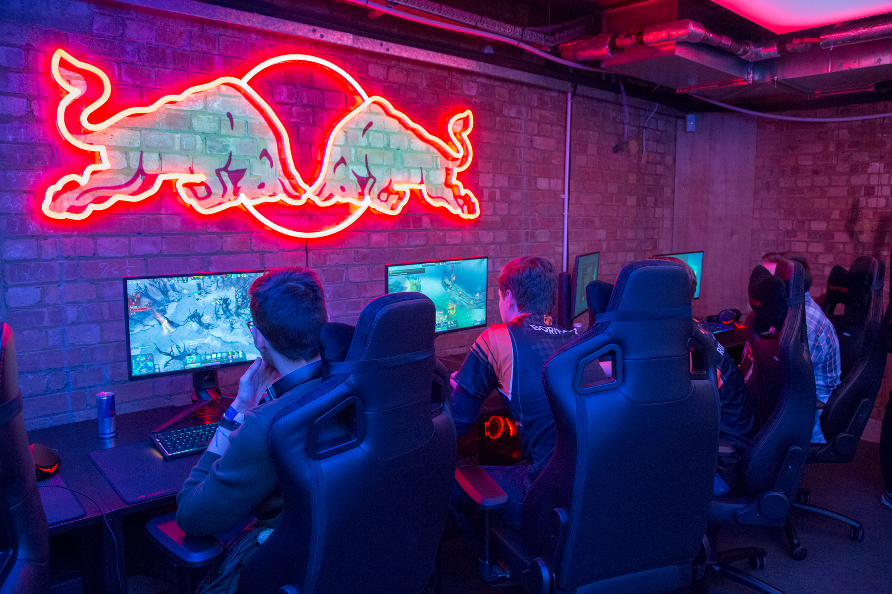 Red Bull built an underground eSports bar in London
