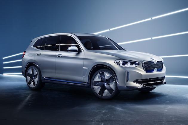BMWが「X3」の電気自動車バージョンとなる「iX3 コンセプト」を北京で発表!