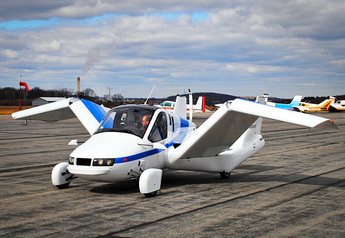 Terrafugia's first flying car should finally go on sale in 2019