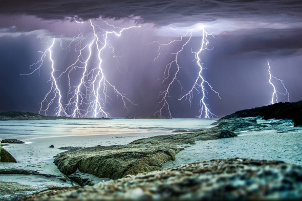 stormchaser-pictures-lightning-craig-eccles-photographer