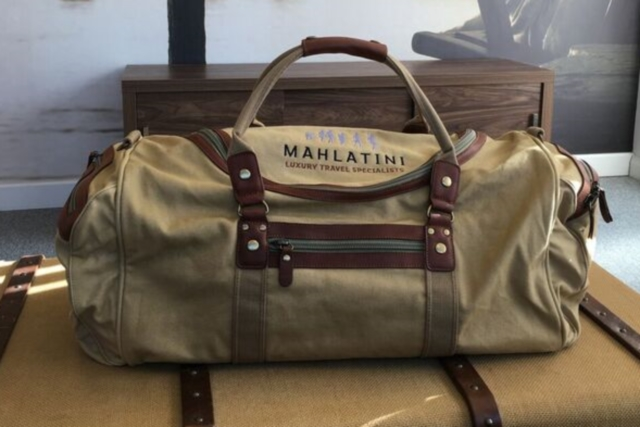 Mahlatini safari travel bag