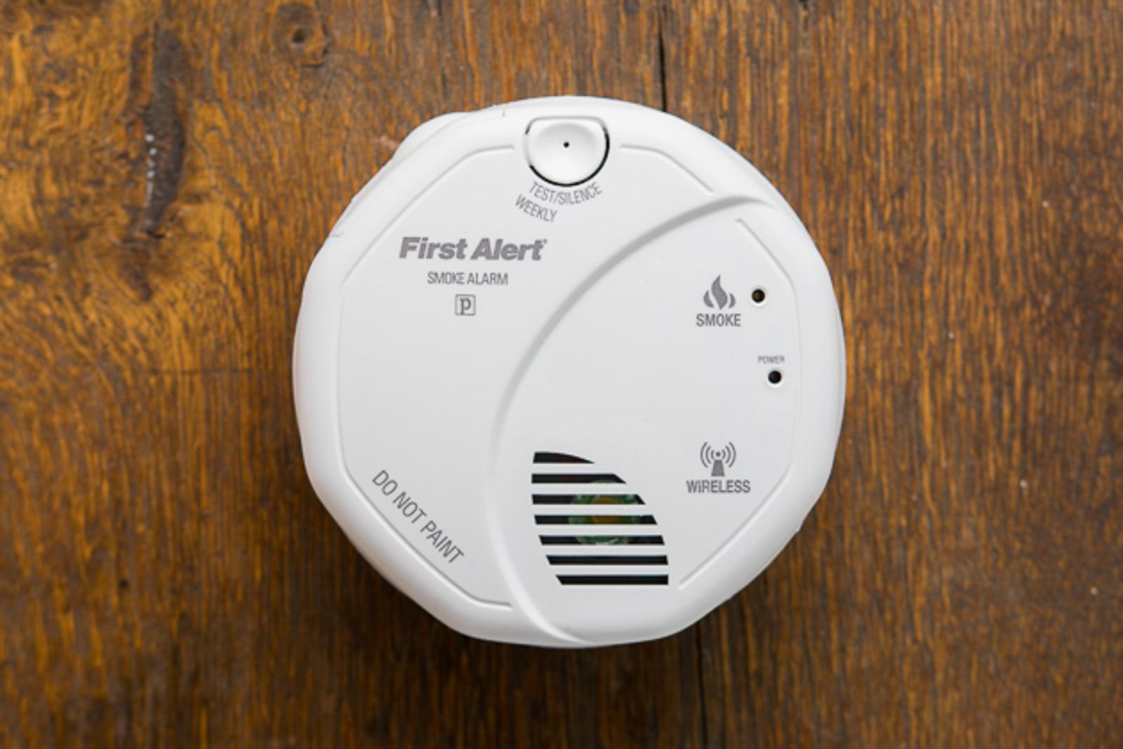 - 03 basic smoke detectors 1600 - The best basic smoke alarm