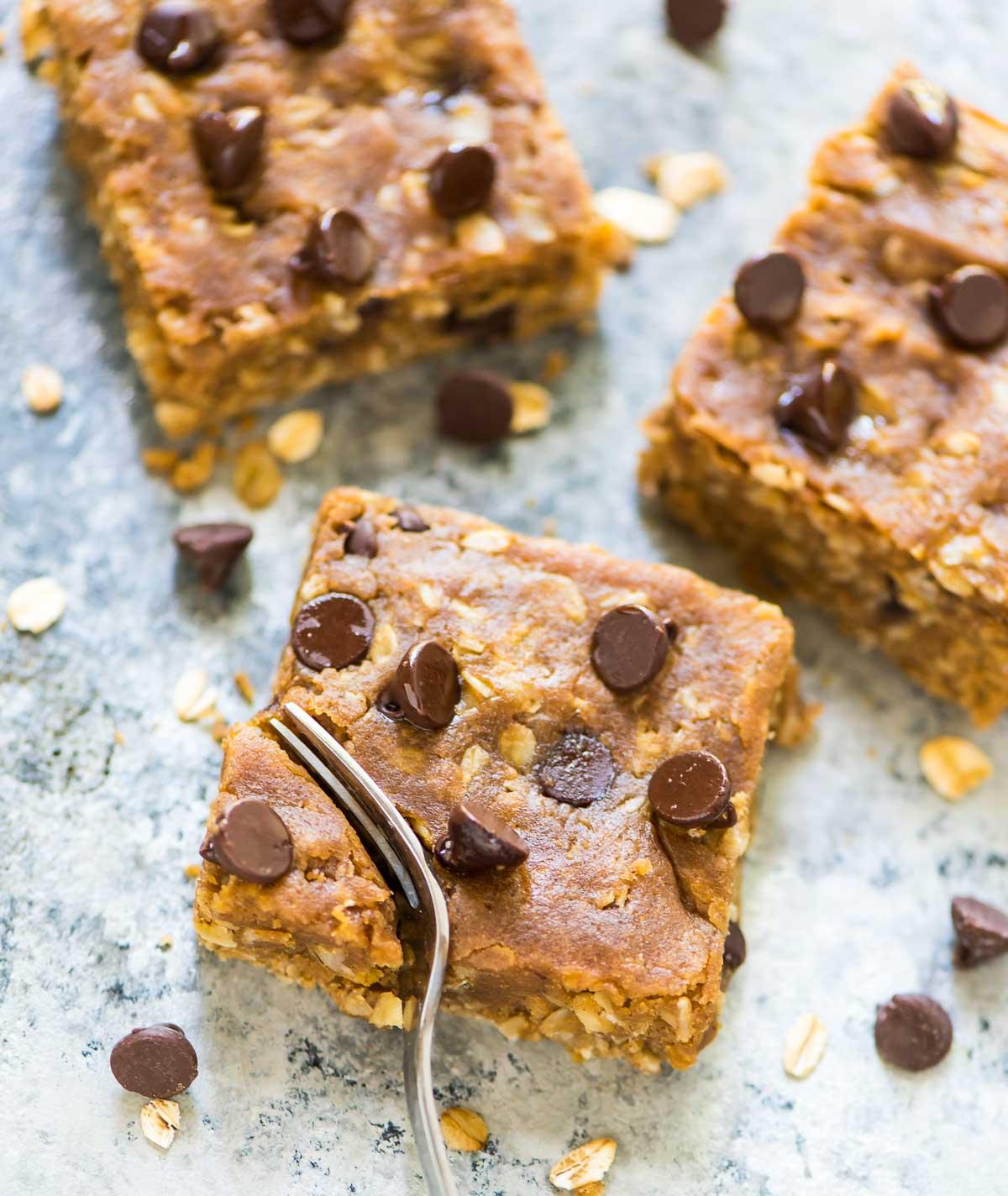 Healthy oatmeal chocolate chip bars - AOL Food