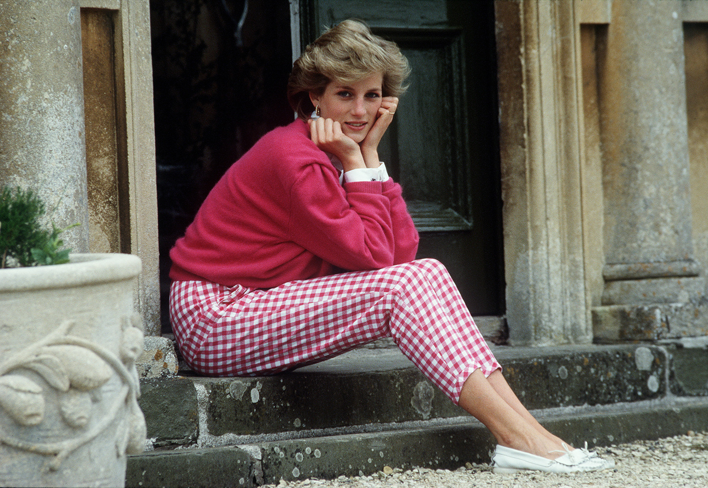 Princess Diana Resting Her Head In Her Hands Whilst Sitting On The Steps Of Her Home At Highgrove, Gloucestershire.  (Photo by Tim Graham/Getty Images)
