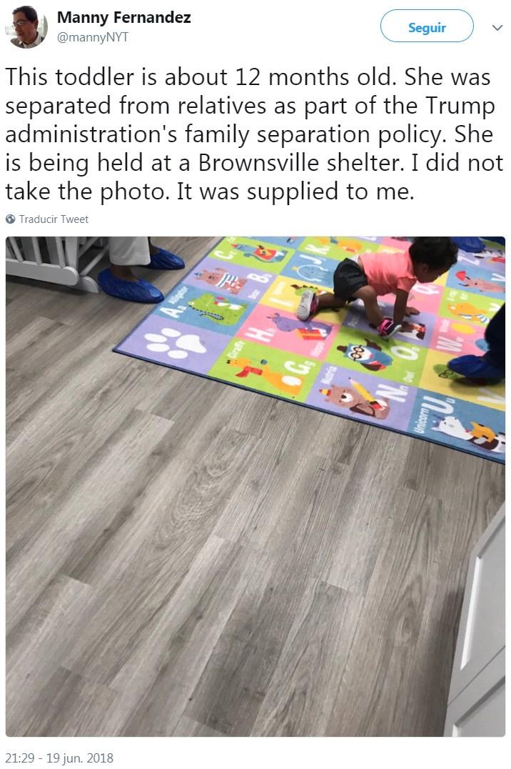 Bebés separados de su padres permanecen en refugios para