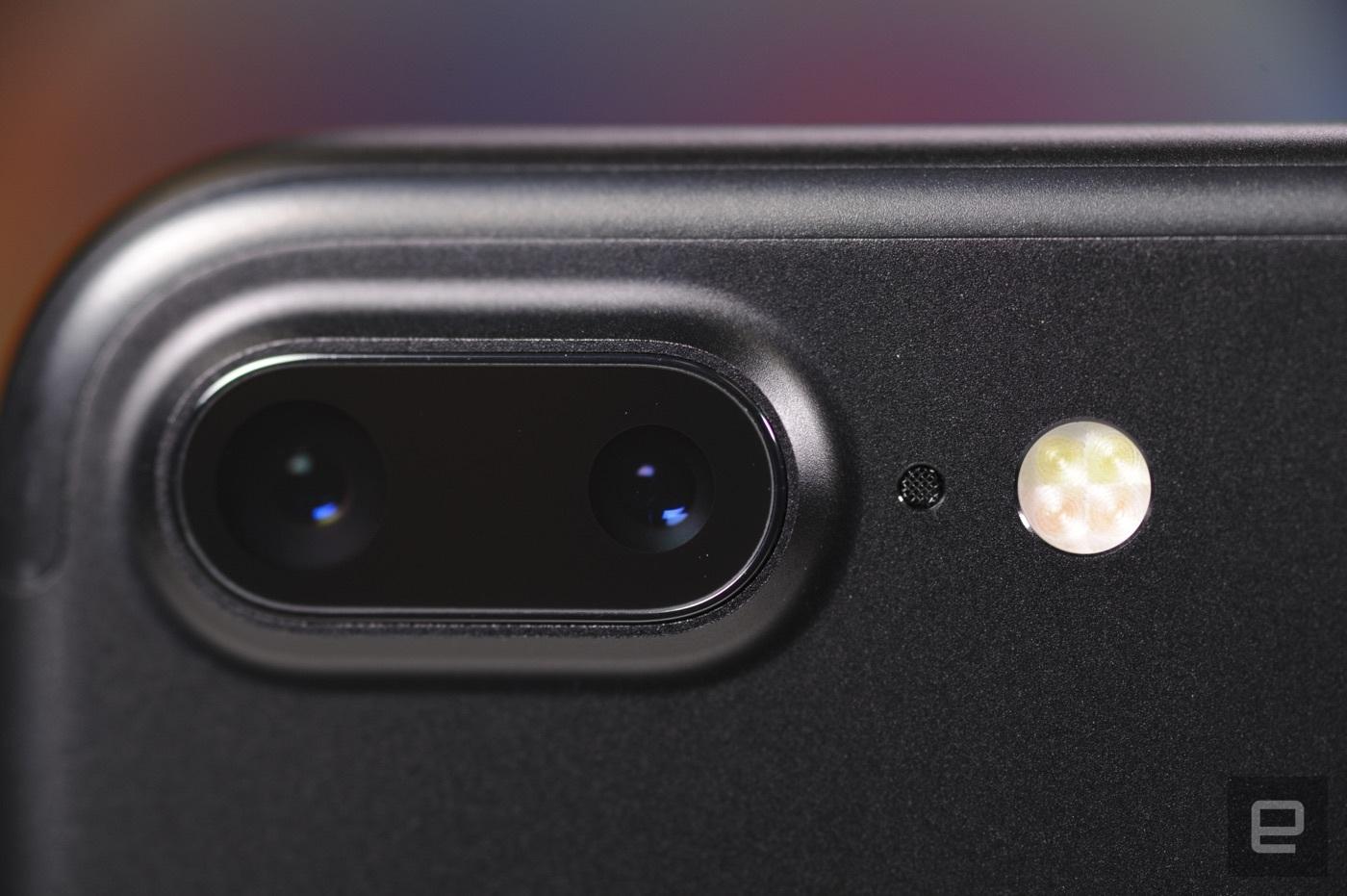 其实 iPhone 7 Plus 的第二镜头可不是你想用就能用的