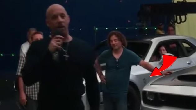 【ビデオ】ヴィン・ディーゼルが『ワイルド・スピード』第8弾を語るビデオで、新型ダッジ「チャレンジャー SRT デーモン」の姿が流出!