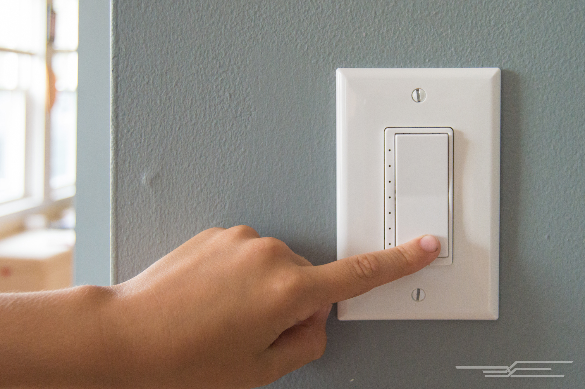 The Wirecutter & The best Z-Wave in-wall dimmer