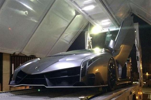 超レアなランボルギーニの限定スーパーカー「ヴェネーノ」が、当初の3倍を超える値段で販売中