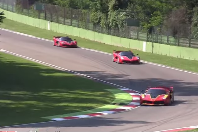 【ビデオ】4台のフェラーリ「FXX K」がイモラ・サーキットに集結!