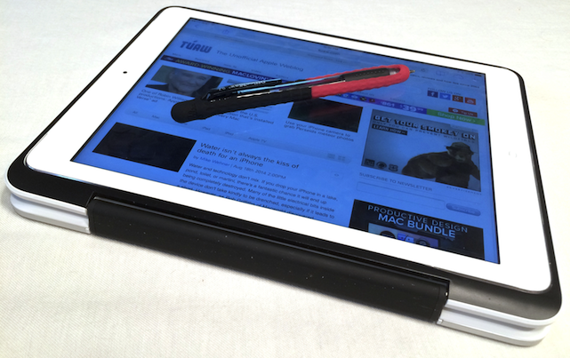 Felix StretchWrite on a pen on an iPad Air