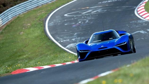 ニュルで最速ラップを記録したNIO社の電動ハイパーカー「EP9」が、グッドウッドのヒルクライムに挑戦