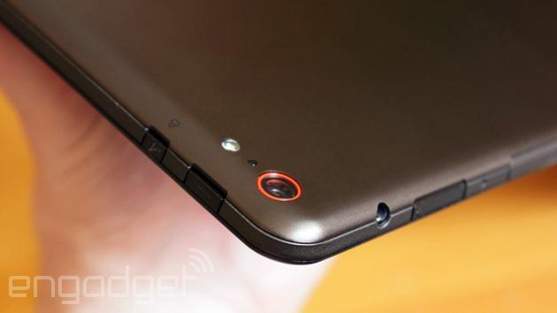 Lenovo ThinkPad 10 tablet camera and ports
