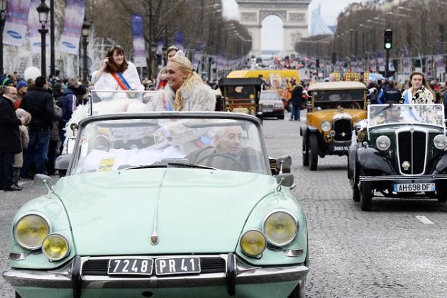 パリ市内への古い自動車の乗り入れを禁止する条例がついに施行