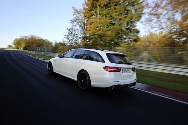 Mercedes-AMG E 63 S 4MATIC+ T-Modell auf der Nordschleife;Kraftstoffverbrauch kombiniert: 9,1 l/100 km; CO2-Emissionen kombiniert: 206 g/km*Mercedes-AMG E 63 S 4MATIC+ Estate on the Nordschleife Circuit;Fuel consumption, combined: 9.1 l/100 km, CO2 emissions, combined: 206 g/km*