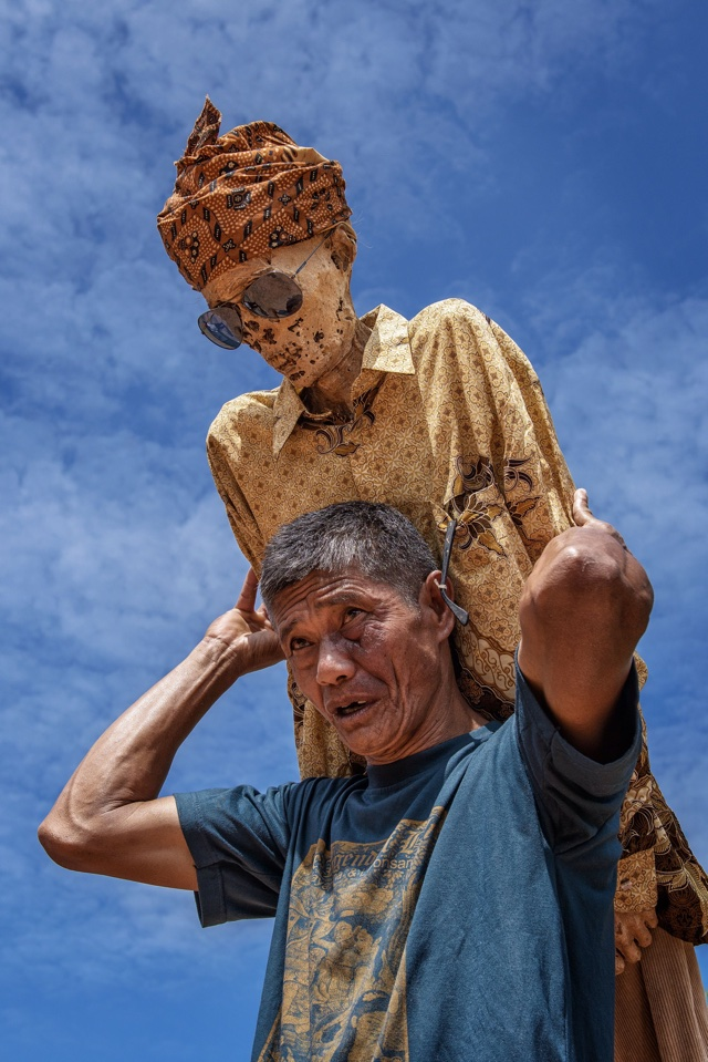 CEREMONY CLEANING CORPSES DURING MA'NENE FESTIVAL SOUTH SULAWESI INDONESIA APR 2016 HAVING BEEN DRESSED PARADED ROUND VILLAGE Not-Personality 36328967
