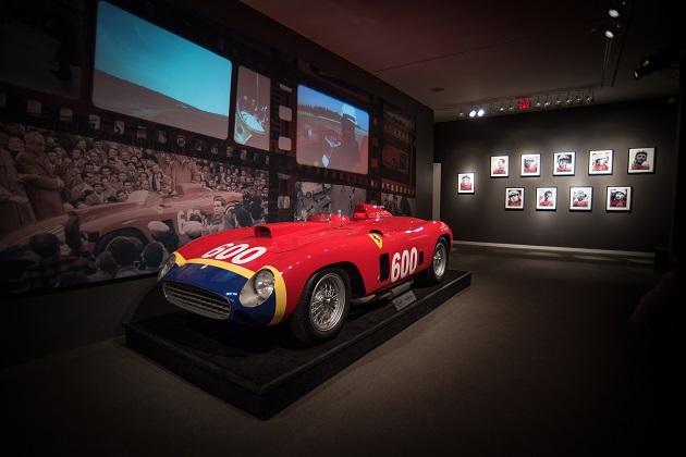 ファンジオが乗ったフェラーリ「290MM」が34億円で落札!(ビデオ付)