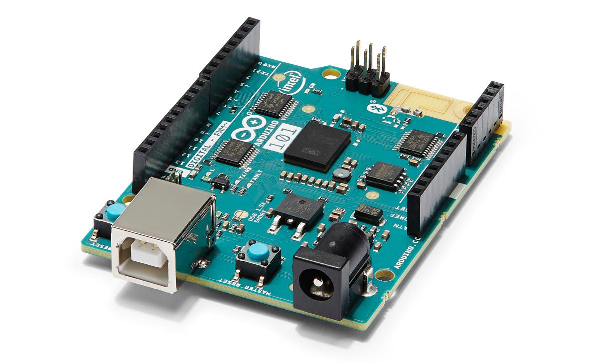英特尔把小小的「Curie」放在一块 Arduino 主板上