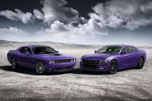 ダッジの「チャージャー」と「チャレンジャー」に、あの紫色のボディ・カラーが復活!