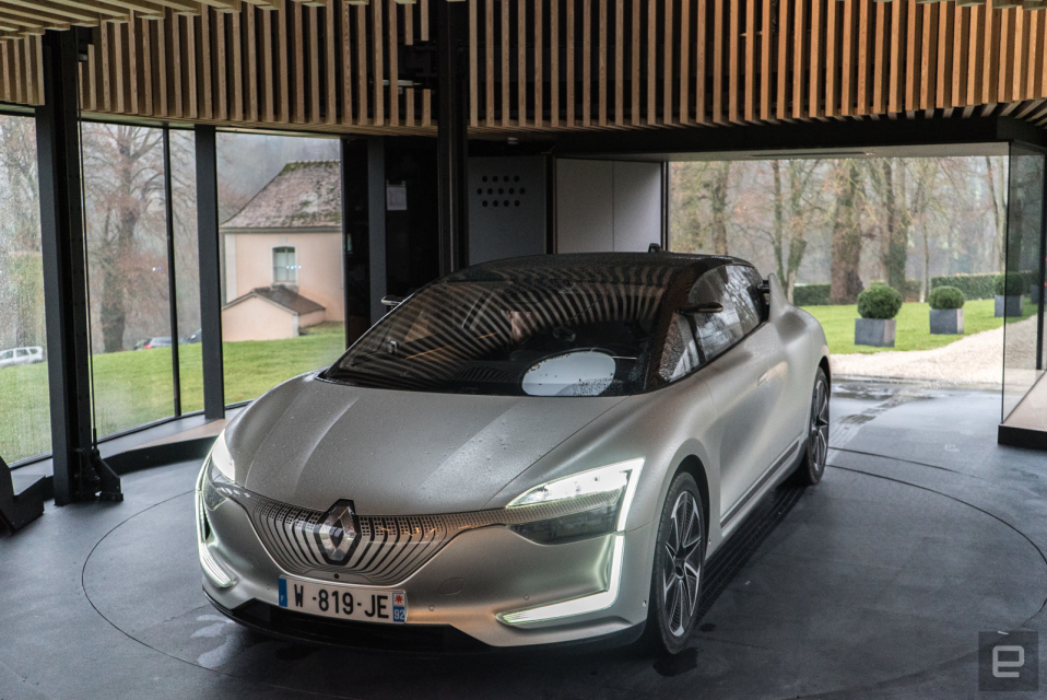 Renault S Concept Ev Drove Me At 80mph While I Wore A Vr Headset