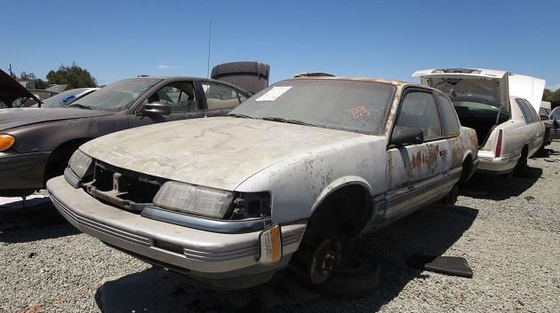 これぞ真のオンボロ車! サンフランシスコの解体工場で見つけた、91年型ポンティアック「グランダム」