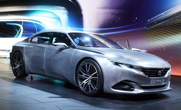 グループPSA、新型PHV7車種とEV4車種を投入し、年間売り上げ25%アップを目指す