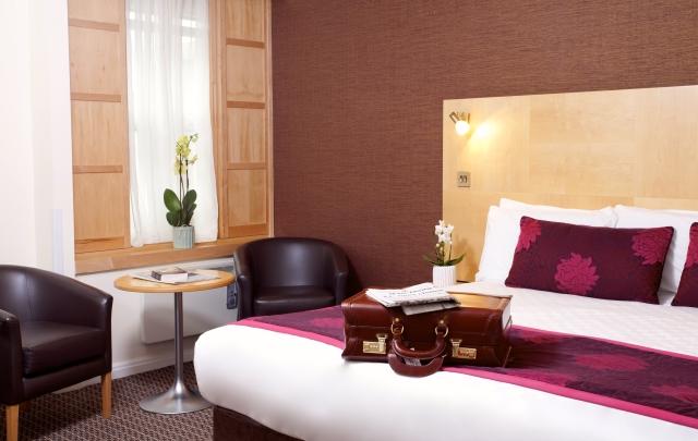 Strand Palace Hotel room