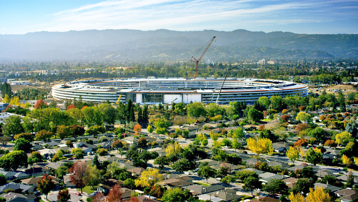 Apple S Spaceship Campus Will Open In April As Apple Park