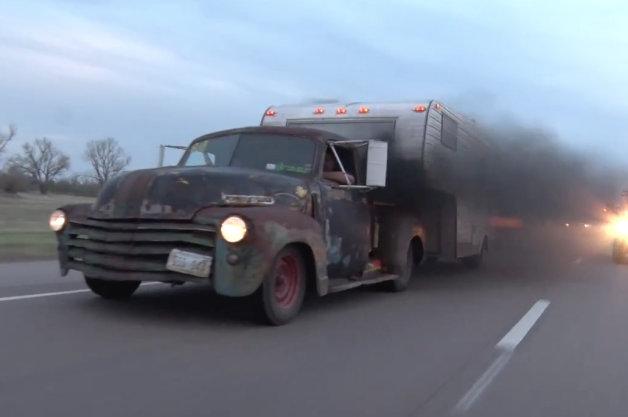 【ビデオ】最大トルクは112.4kgm! 1947年式シボレーの中身を大改造