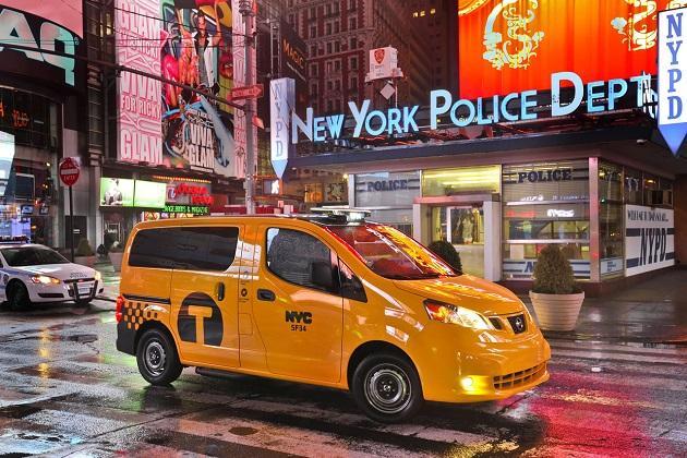 日産「NV200」、ようやくNY市の次世代公式タクシーに