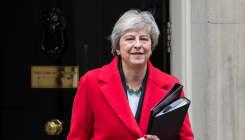 Une crise politique ébranle Theresa May et l'avenir du
