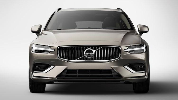 Volvo V60 wagon is all new, will feature turbo hybrid power