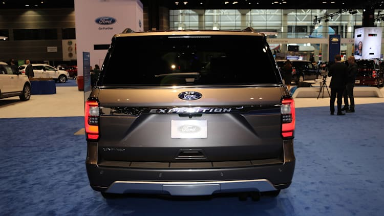 The 2018 Ford Expedition goes aluminum and gets bigger