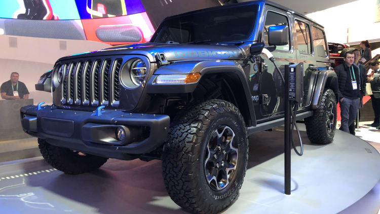 Jeep Planning More Hybrid Off Roaders And A Couple Of Electric Models Autoblog