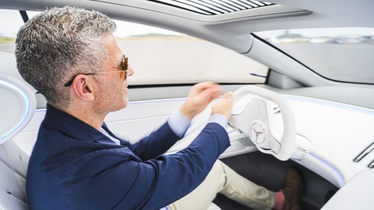 Mercedes Benz Vision Eqs Concept Drive Interior Technology Electric Autoblog