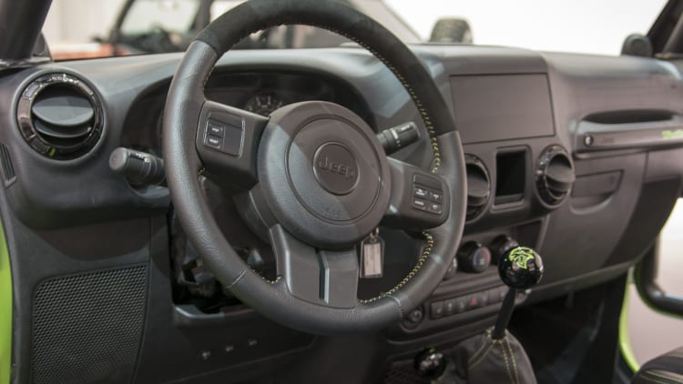 jeep wrangler trailcat concept photo gallery autoblog jeep wrangler trailcat concept photo